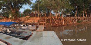 porto-jofre-pantanal-camping-boatdock